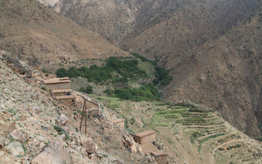 Maroko – nejvyšší hora Atlasu. Odpočinek u moře