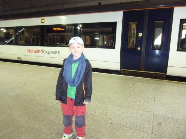 Na cestu do centra Londýna jsme využili Stansted Express. Je to nejrychlejší způsob dopravy
