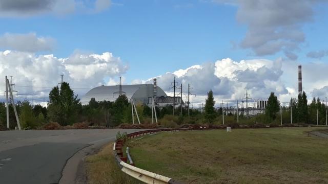 Černobyl - bloky 4 až 1