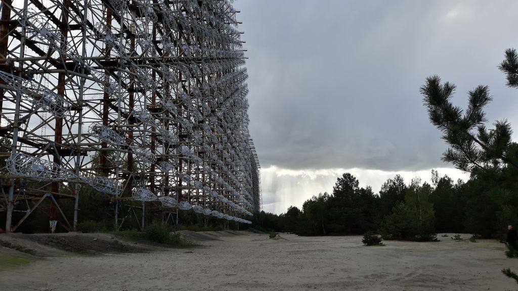Radar Duga-3 je obrovská stavba