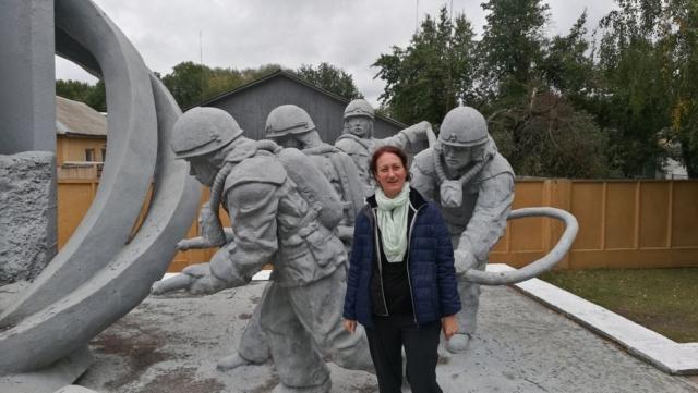 Pomník hasičům ve městě Černobyl