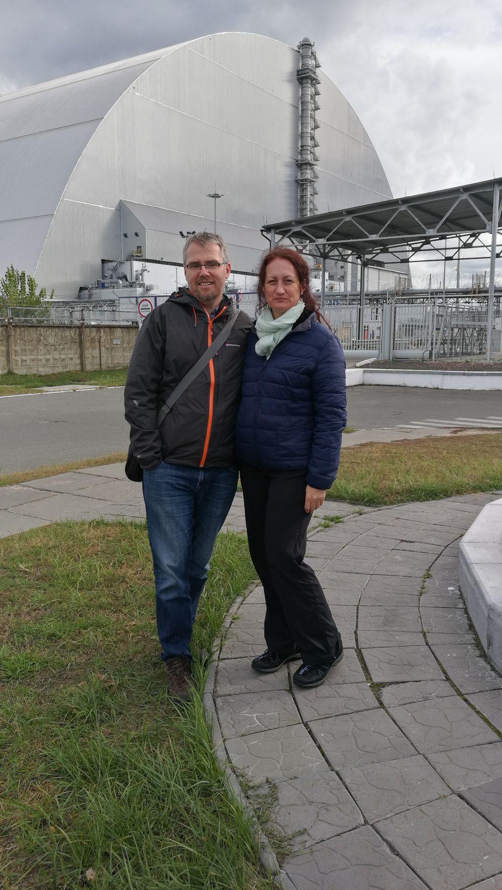 Pozerská fotka před reaktorem