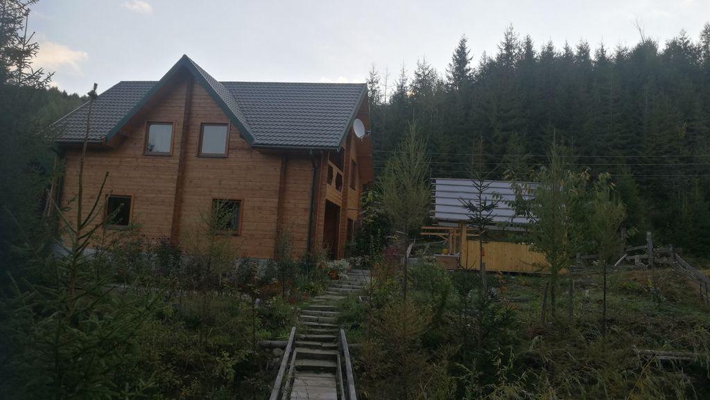 Fana Dacha - naše ubytování ve Volovci