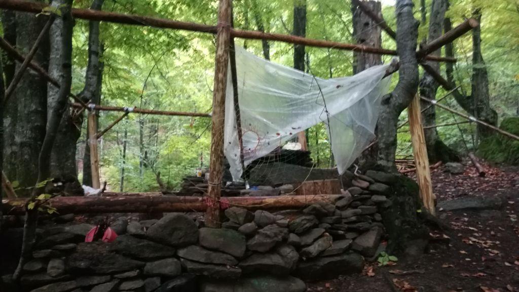Příbytek lesních lidí - obrovský lapač snů