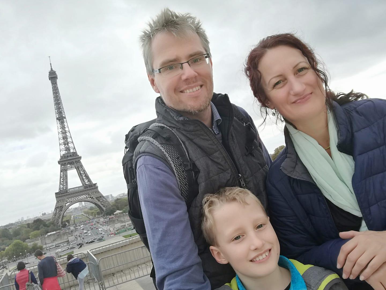 Rodinka v Paříži
