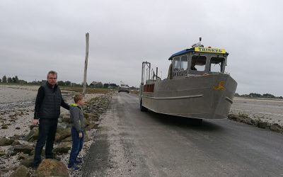 Loďo-traktor